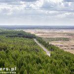 Widok z wieży. Wokół kopalni odkrywkowej poprowadzono drogę rowerową