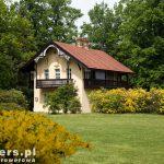 Dom Kawalerski (Kavalierhaus) wybudowany w stylu dworku szwajcarskiego