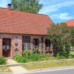 Stary dom kamienno-ceglany