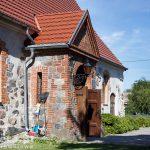 Branimie. Gotycki kościół z XII w, przebudowany w XV w