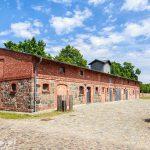 Folwark Ferdinandshof  – do zakończenia II wojny światowej mieściły się tutaj wojskowe zakłady naprawcze