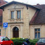 W Czarnkowie można zobaczyć wiele ładnych domów i kamienic