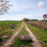 Początek szlaku rowerowego do Chwiramu