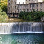 Jeden z najbardziej charakterystycznych widoków w Rovereto – uskok na rzece Leno