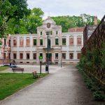 Żmigród, pałac Hatzfeldów.